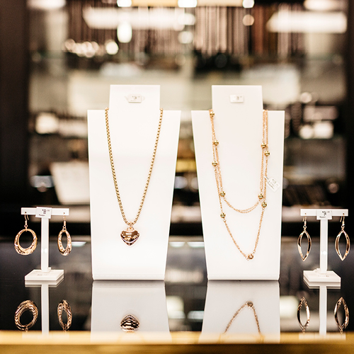 Moxon Showcase Jewellers